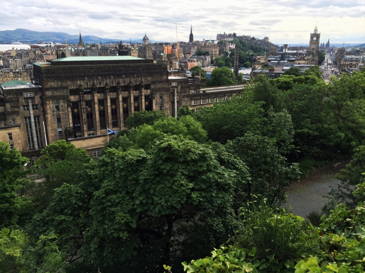edinburgh_skyline_2017